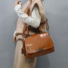 Big Women Tote Boston Bag Vintage Oil Wax Leather Rivet Hand Bag For Ladies Handbag Large Capacity Female Crossbody Shoulder Bag