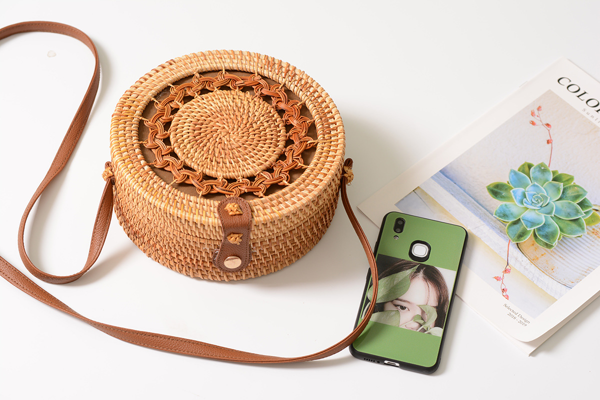 Circle Handwoven Straw Round Bag,