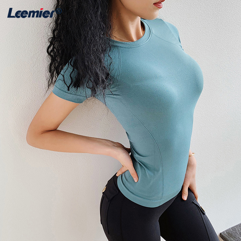 Fitness Women Seamless Workout Tops For Women Gym Sport Crop Yoga Top Running Dry Fit Shirt Activewear Tops in Yoga Shirts from Sports Entertainment