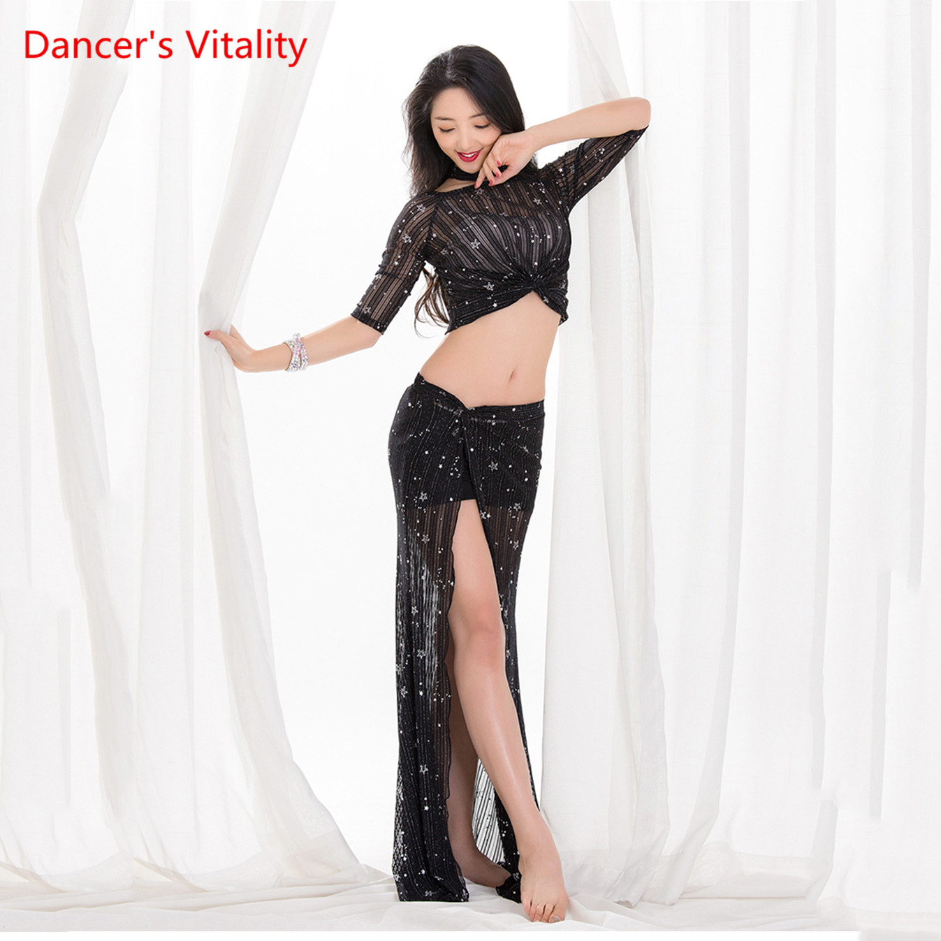 Wholesale Summer Design Sexy Vest Belly Dance Costume 2 Pieces Elegant Oriental Loose Long Skirt Dance Practice Clothes