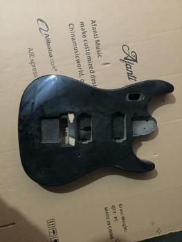 DIY gitara elektryczna DIY gitara elektryczna korpus Afanti music (ADK-550) tanie i dobre opinie Beginner Unisex Do profesjonalnych wykonań Nauka w domu Blokowany klucz LIPA none Electric guitar Body