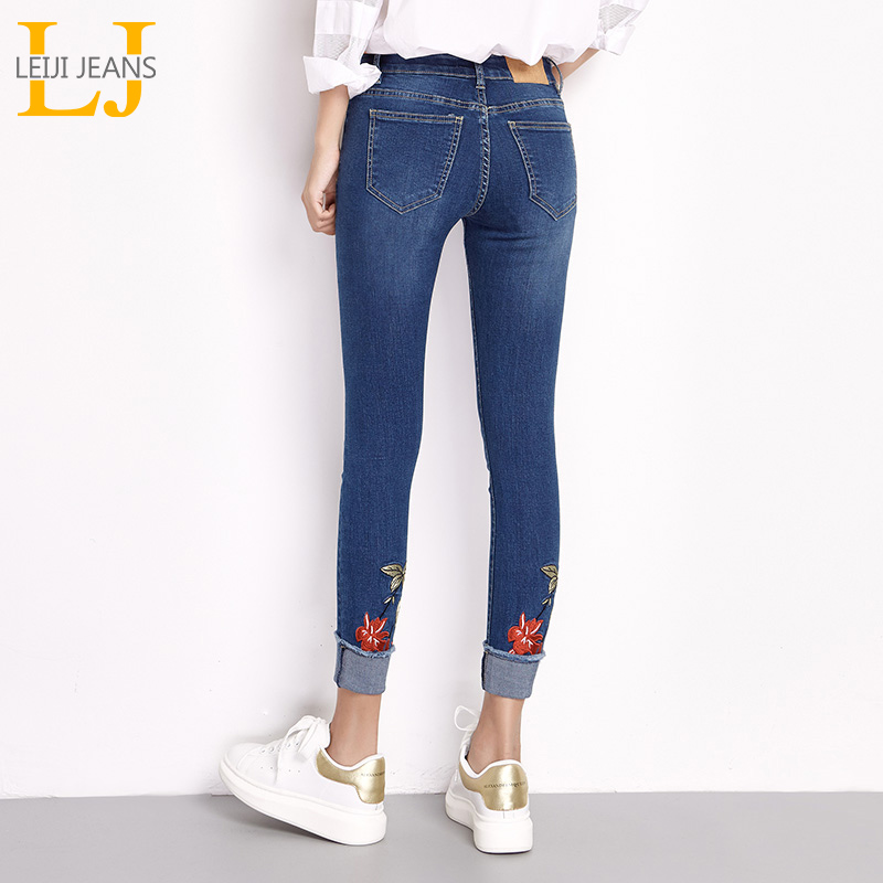 LEIJIJEANS 2018 New Spring Flowers Embroidered Jeans