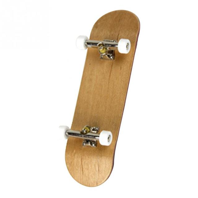 Brand New Hot Sale PU Maple Wood Cute Party Favor Kids Children Mini Fingerboard Key Skate Boarding Toys Drop ShippingNovelty & Gag Toys