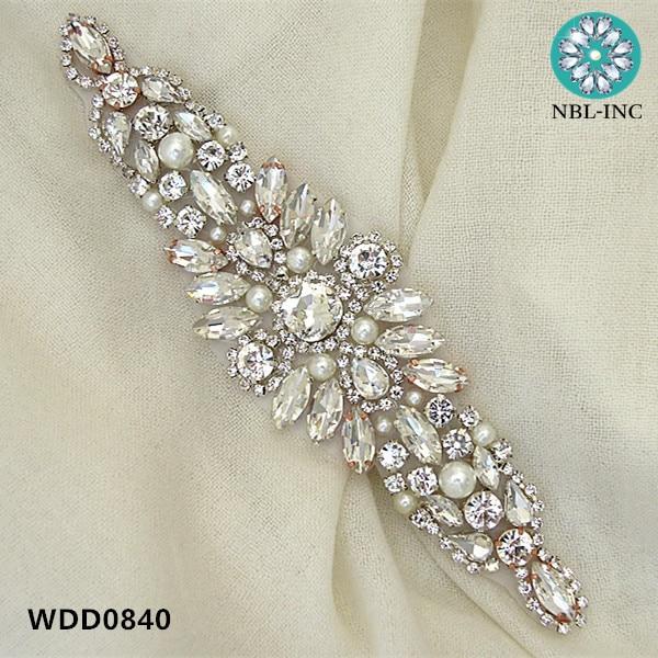 (30PCS )Wholesale bridal hand beaded sewing crystal rhinestone applique iron on for wedding dresses  WDD0840