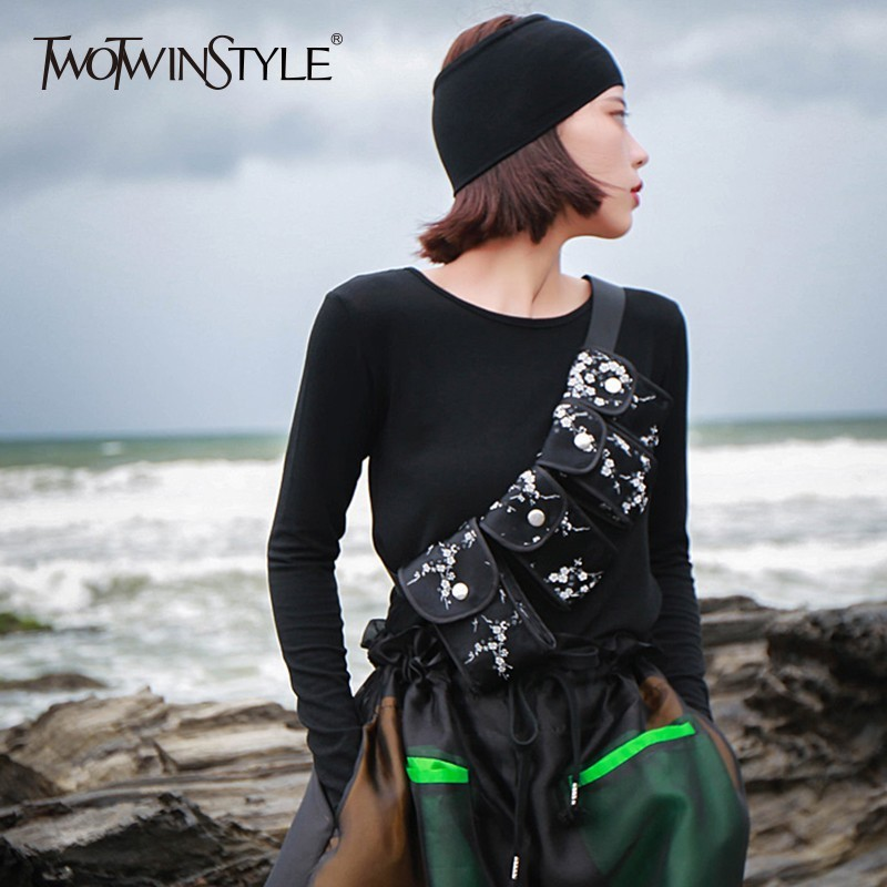TWOTWINSTYLE Printed Female Belt Embroidery Four Waist Bag Women Button Tactical Belt Autumn 2019 Fashion Clothing