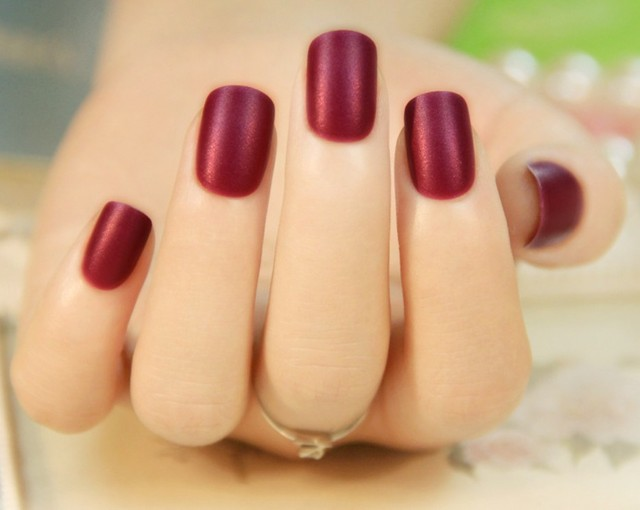 24pcsset Fashion French False Nail Short Design Red Black Full