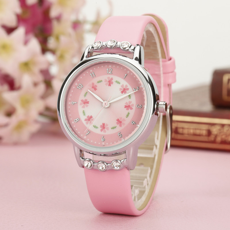 2020 New Fashion Cartoon Children Watch Cute Princess Watches Girl Student Waterproof Leather Quartz Clock Kids Diamond Watch