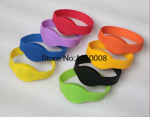 100pcs/lot 125Khz ID EM4100 RFID Smart wristband silicone electronic bracelets wrist band nfc for access control rfid 125khz wristband with em chip waterproof abs bracelet for access control swimming pool fitness suana water park 100pcs lot