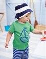 Мальчики комплект одежды лета лодка якорь рыбы полосатый хлопок мальчики одежда Set майка брюки 2 шт. младенца комплект детская одежда