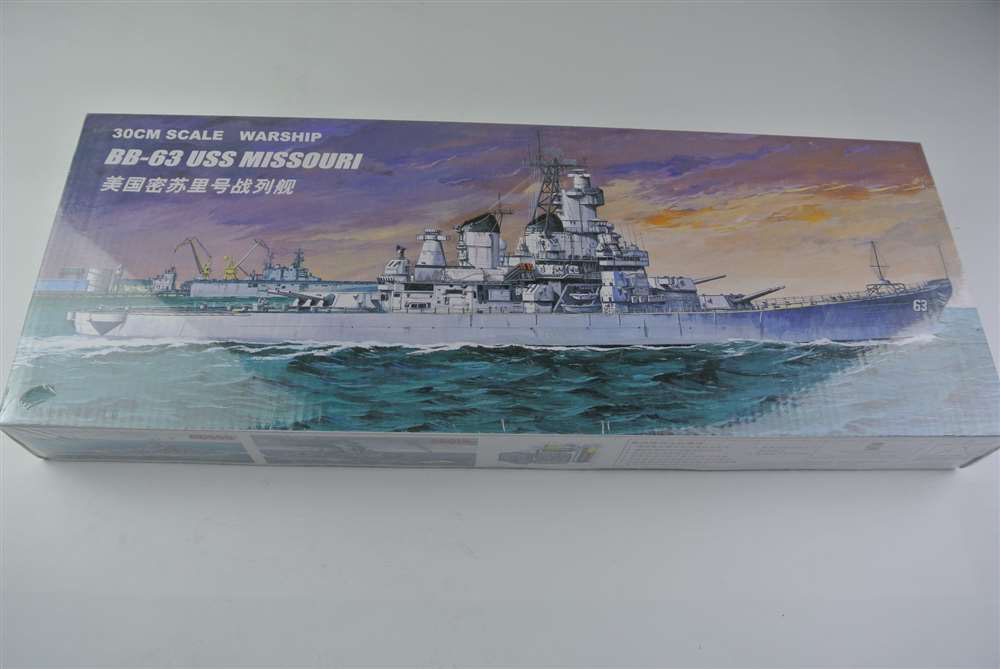 30CM Warship BB-63 USS MISSOURI Battleship Plastic Assembly Model Electric Toy XC80908 цена