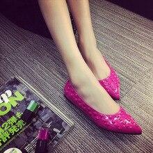 Nice flat heel single shoes rivet Moccasins women shoes pointed toe shoes low-top shallow mouth rivets women flats Fashion