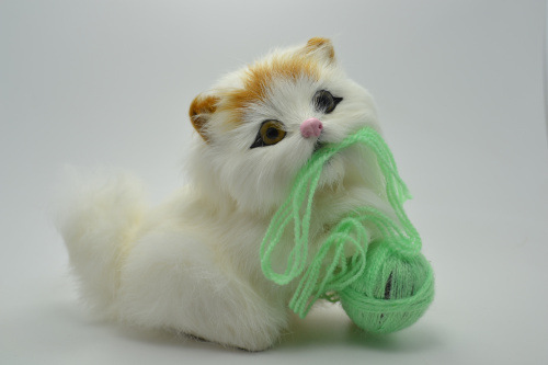 One Simulation Super Cute Cat Number B18 Play Ball Random Hair Color Really Fur Animals
