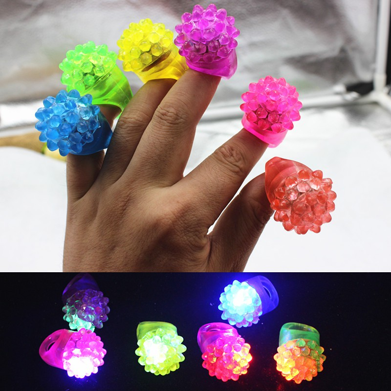 5/Set Soft Press Flashing Funny Toy For Children Strawberry Colorful Lighting Glowing Ring Party Best Gift To Kids PL6
