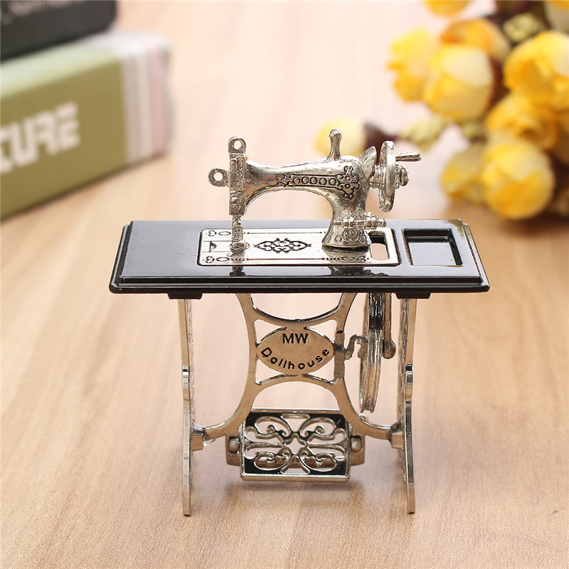 JIMITU Vintage Toy Miniature Sewing Machine Furniture Toys Gifts For 1/12 Doll House Decor Retro Children Toys AccessoriesJIMITU Vintage Toy Miniature Sewing Machine Furniture Toys Gifts For 1/12 Doll House Decor Retro Children Toys Accessories