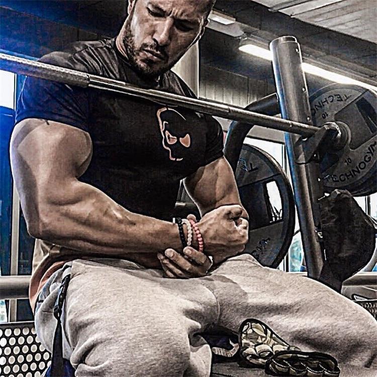 2018 Gym Clothing Bodybuilding Fitness Men basketball Running t shirt Quick-dry breathable Training black Sport T-Shirt