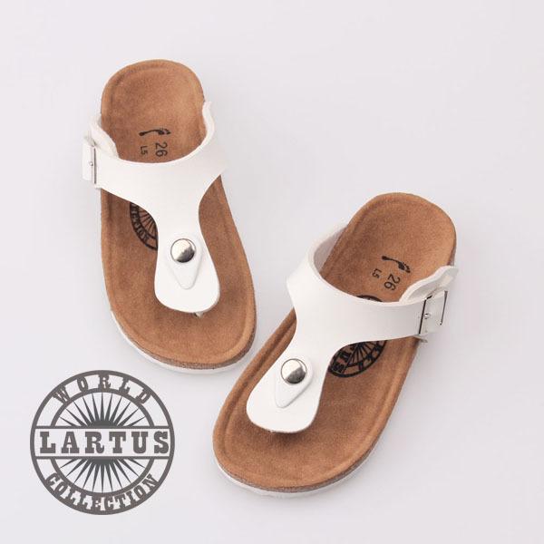2016 verano nueva afluencia de niños y niñas zapatos sandalias zapatos versión coreana de paternidad zapato de corcho irrumpieron modelos chicos chicas zapatillas