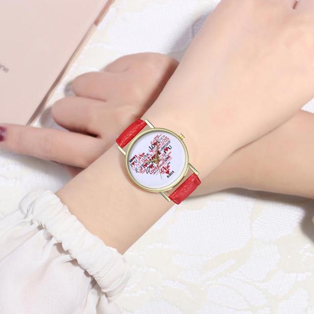 לב אהבת מפת 2018 אופנתי רצועת עור יפה פשוט מזכרות גבירותיי שעוני יד עסקי טמפרמנט יד שעון # D