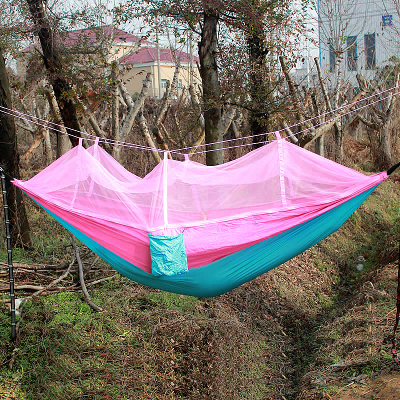 pink-Blue-mosquito-net-hammock-03
