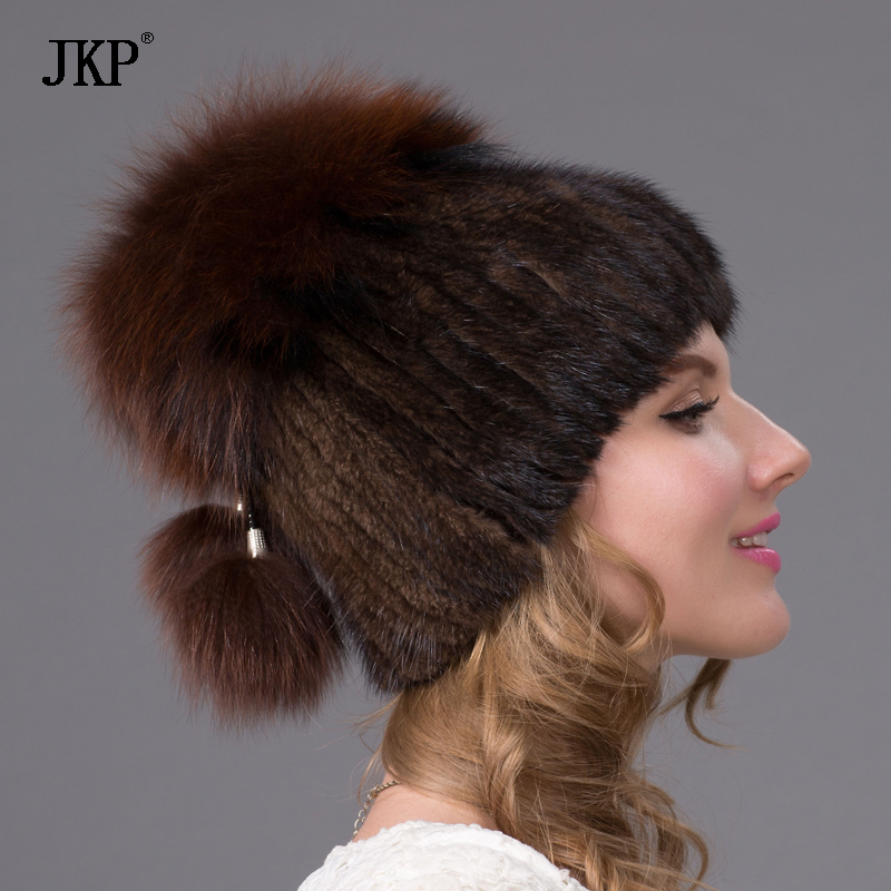 Foreign trade in Europe and America in winter mink fur hat on wide Sew side  flower hat fashion warm hat DHY 26-in Skullies   Beanies from Apparel ... 0cae3e78534e