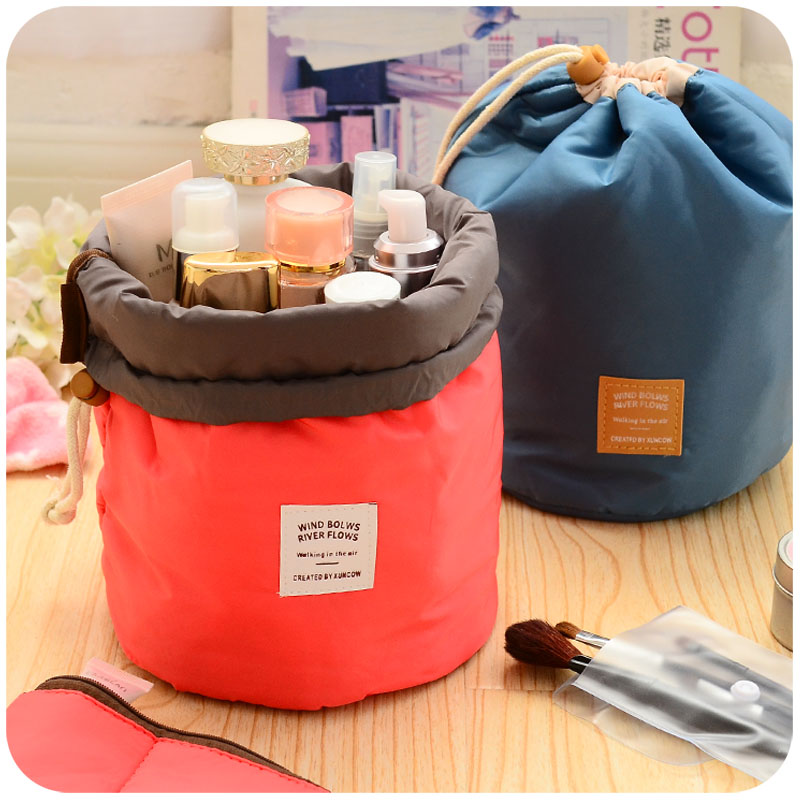2018 Women Fashion High Capacity Nylon Travel Barrel Shape Cosmetic Bag Beauty Makeup Bags Wash Baging Makeup Bathroom Organizer