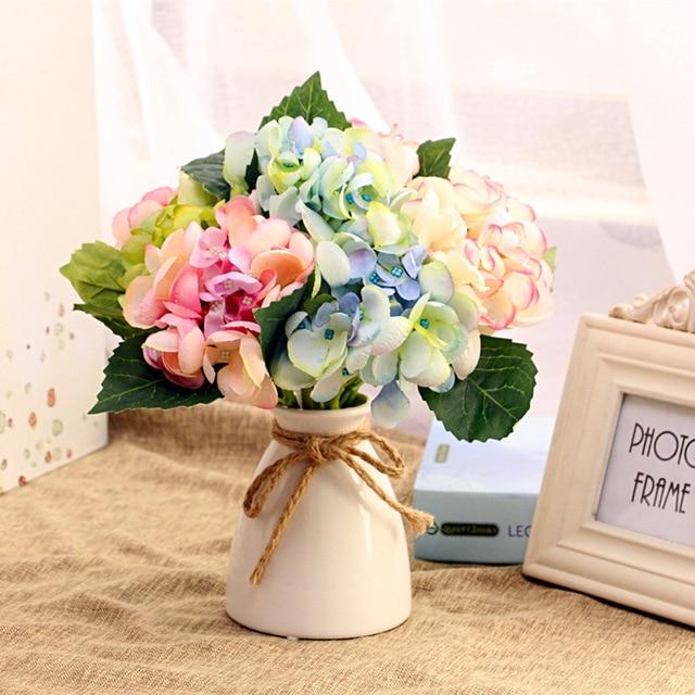 Antique Ceramic Wedding Decorative Vase Modern White Ceramic Vase Artificial Flower Small Vase Wedding Decoration Vases & Antique Ceramic Wedding Decorative Vase Modern White Ceramic Vase ...
