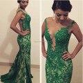 Oumeiya ONP249 Sexy em torno do pescoço Sheer voltar ver através sereia verde esmeralda vestidos de baile 2015