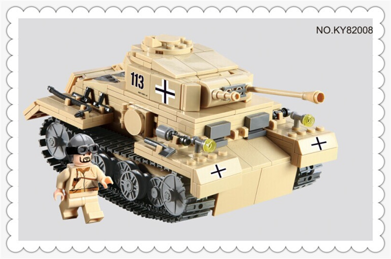 548pcs Century Military German King Tiger Tank Cannon Building Blocks Bricks Model Sets Kazi 82008 Toys Compatible with 548pcs military ww2 german panzer iii tank ausfl primary battle tank model building block assembly toy for kid christmans gift