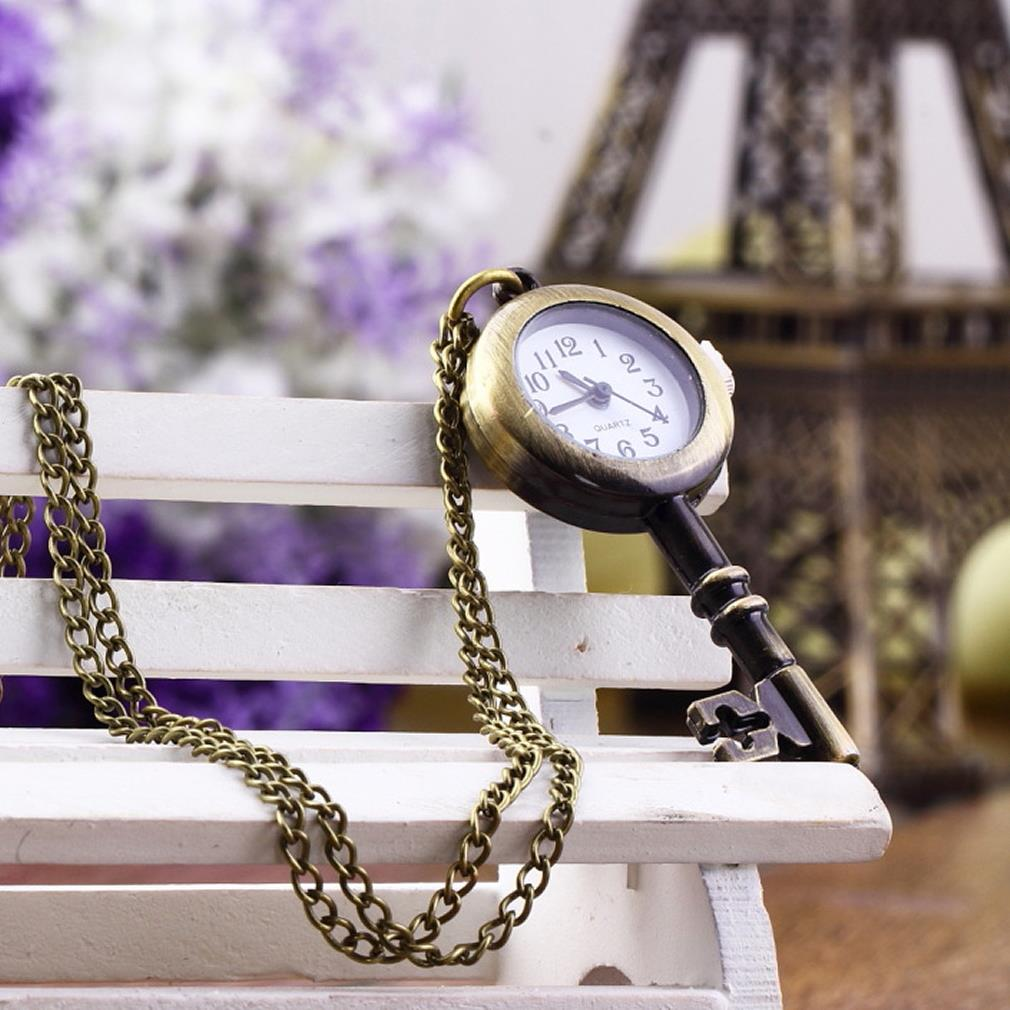 1pcs Shaped Watch Bronze Retro Vintage Pocket Key Necklace Hour Wall Chart Pendant Do Dropping