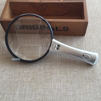 4X 12X ống kính fresnel Hand Held Magnifying Glass 108 mét Illuminated Reading Zoom Magnifier Loupe với 2 Đèn LED