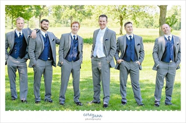 2016 Gray Groomsman Suit Blue Waistcoats 3 Pieces Slim Fit Blazer Men S Wedding Prom Dinner Tuxedos