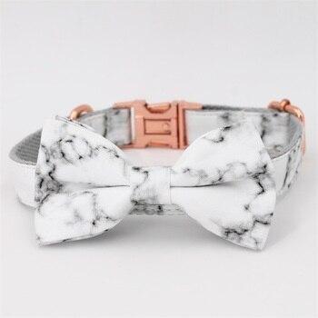 Collier et bandana à motif marbre