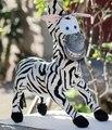 En temporada de vacaciones 1 unid 40 cm película Madagascar cebra decoración creativa muñeco de peluche lindo peluche niños del juguete amante regalo de cumpleaños