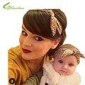 2017 Nova Moda Mãe e Meninas Do Bebê HeadBand Bonito Olhar Família Adoráveis Orelhas de Coelho Headbands Ornamento Da Flor de Algodão 2 Pcs