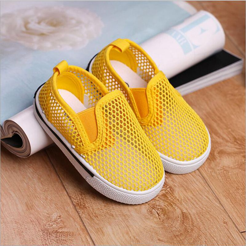 9Colors Fashion Mesh Breathable Children font b Shoes b font For Girls Boys Soft Light Summer