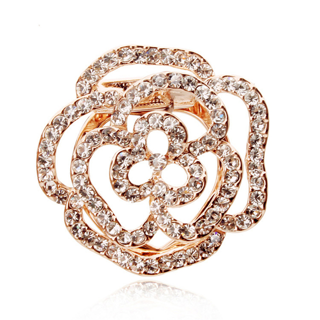 3D Vision Hollow-Carved Gold Rose Brooch Popular European&American Fashion Filled Crystal Rhinestone Alloy Jewelry Unique Bijoux