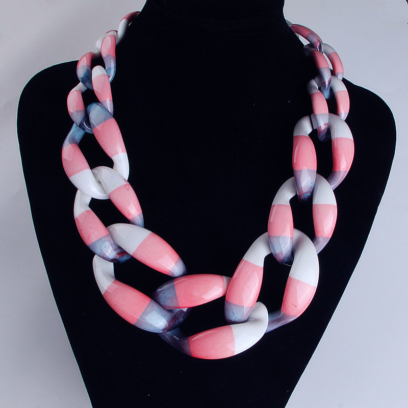 FishSheep 17 Colors Satement Big Acrylic Necklace For Women Chunky Choker Chain