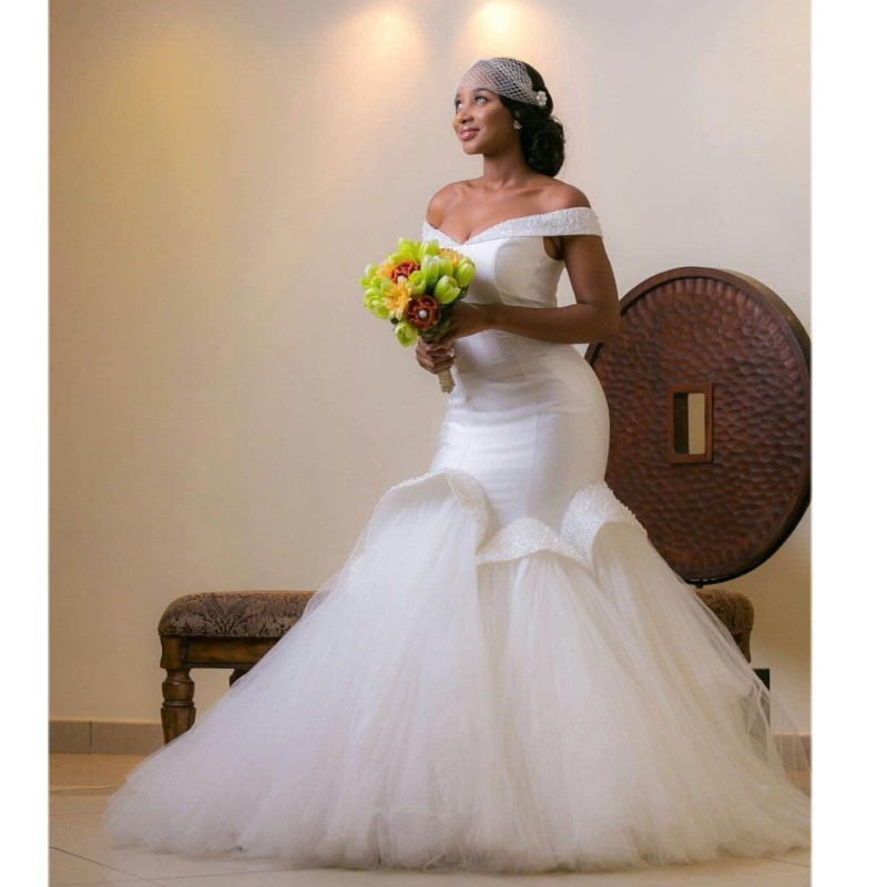 Sexy Off Shoulder African Wedding Gowns Mermaid Beaded Plus Size