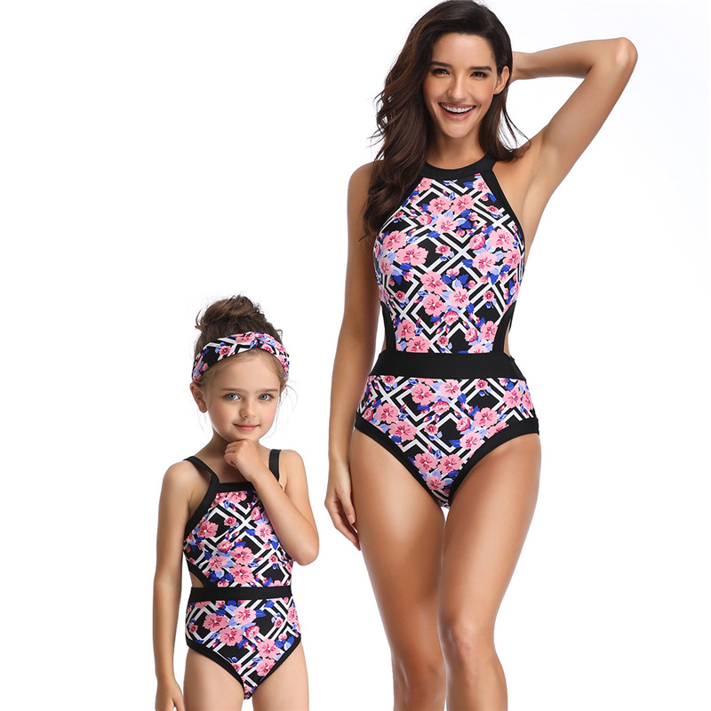 Vintage Mom and Baby Swimwear Outfit Kids Flowers Halt Up Flowers Bikini Mother Daughter Matching Clothing Bathing Suit
