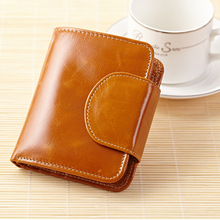 New Women's Wallet Short Ladies Purse Genuine Leather Short Retro Buckle Pocket Wallet Bank Card Photo Holder Note Compartment