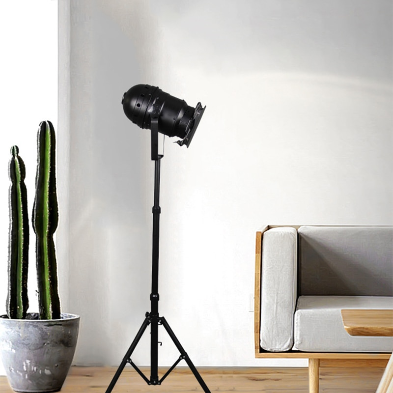 E27 LED retro tripod single head floor lamp black wrought iron retro floor lamp for dining room bedroom living room study cafe