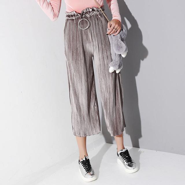 [Twotwinstyle] 2017 Inverno Retro Elástico Na Cintura Do Vintage Com Metal Círculo de Veludo Plissado Calças Perna Larga Mulheres Calças Soltas Novo