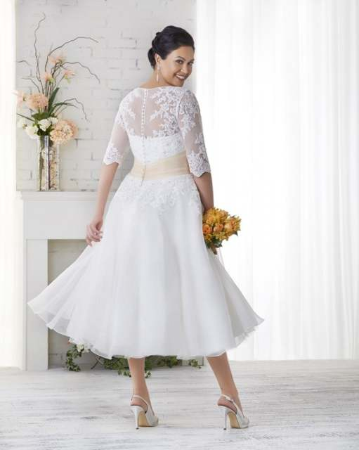 US $97.5 50% OFF|Tea Length Plus Size Cheap Wedding Dress With Half Sleeves  Appliques Lace Women Bridal Gown Women Plus Size Wedding Dresses-in ...