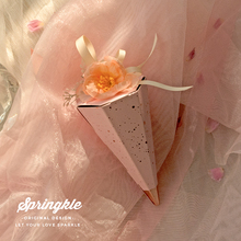 Europe Romantic Fashion Ice Cream Candy Box Sakura Pink with flower Chocolate Wedding Favors And Gifts  Party Supplies