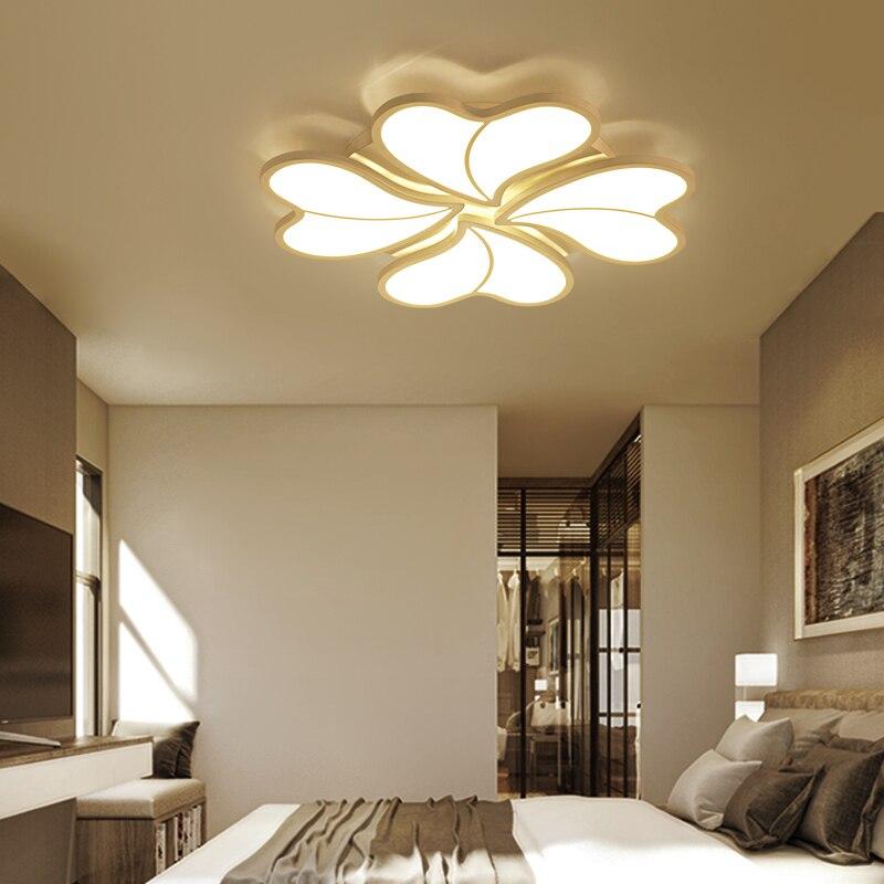 ニューハート形の花弁のリビングルーム天井照明寝室の調査レストラン照明家庭用 & 商業天井ランプ -