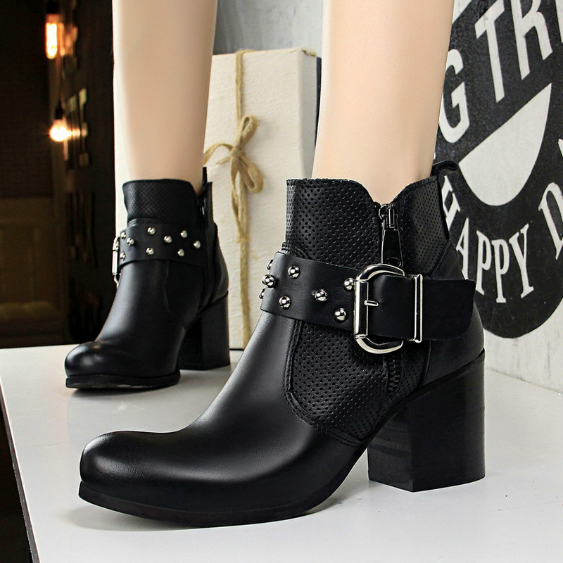 UMMEWALO Fashion Ankle Length Flock Boots Women Round Toe High Heel Shoes Winter Ankle Boots Ladies Shoes