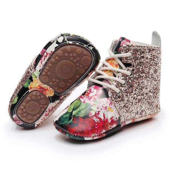 HONGTEYA New Arrival Sequins Glitter Genuine Leather Baby Moccasins With Rubber Sole Toddler Boots Floral Infant Shoes For Girls