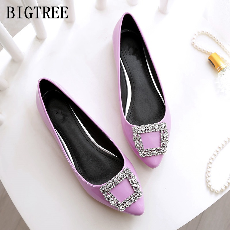 Spring and autumn Women's shoes pointed rhinestone PU patent leather flat shoes large size comfortable soft bottom woman shoes the spring and autumn new white shoe leather strap female flat shoes pointed deep soft bottom shoes casual student