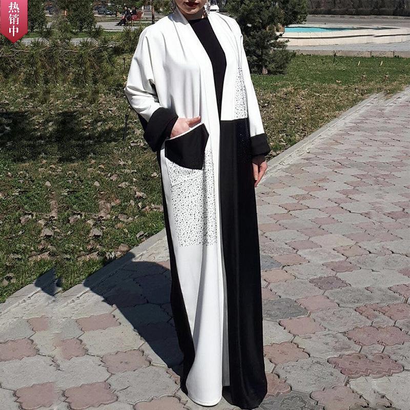 Robe musulmane femmes dubaï abaya diamant noir et blanc couleur correspondant arabe robe décontracté caftan Turquie robes islamiques