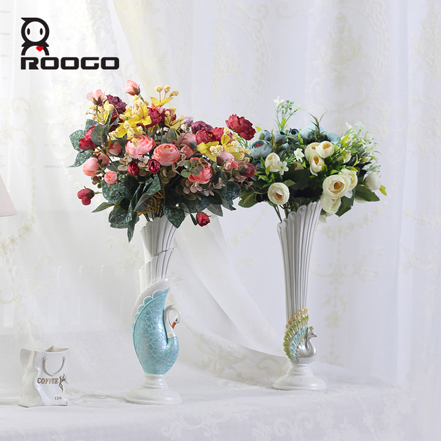 ROOGO 2018 New Design Peacock Swan Shape Flower Vase Royal Home Decor  Desktop Ornament Polyresin Craft