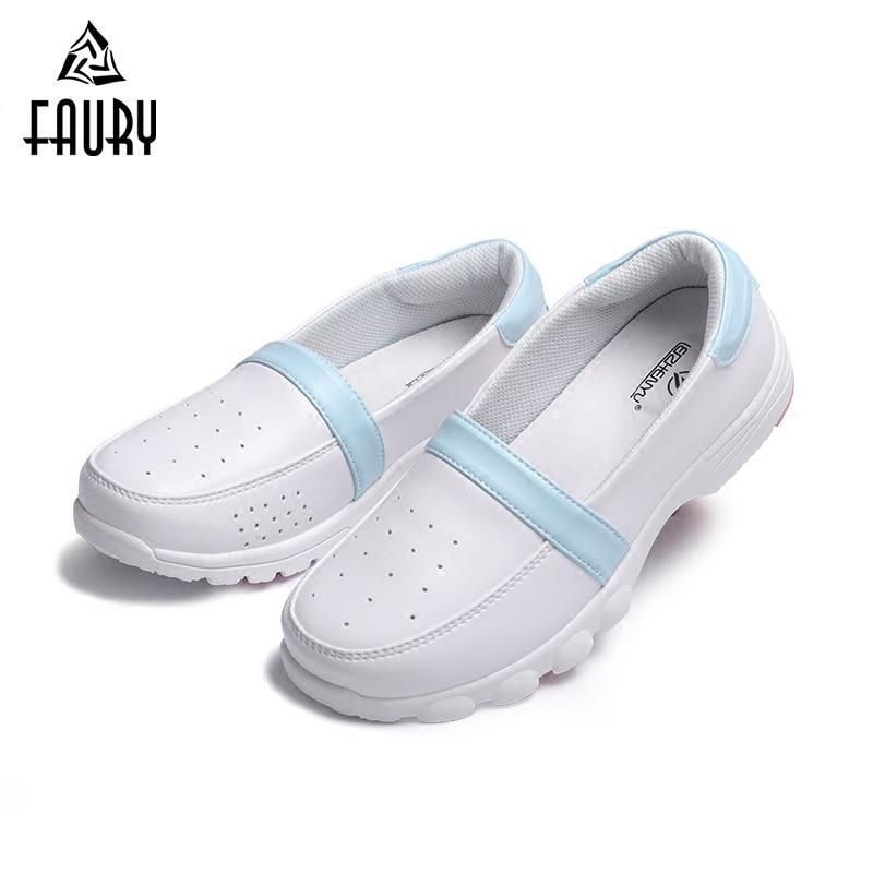 2018 New Summer White Nurse Shoes Ultra-light Pregnant Women Soft Breathable Flat Shoes Hospital Medical Drugshop Work Sandals